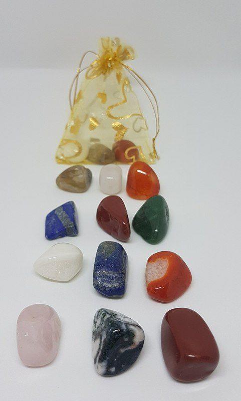 Hoitavat kivet ja kivipussit